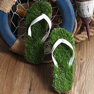 Flipflops im Rasen Design